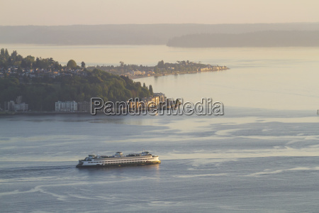 ferry in puget sound seattle washington