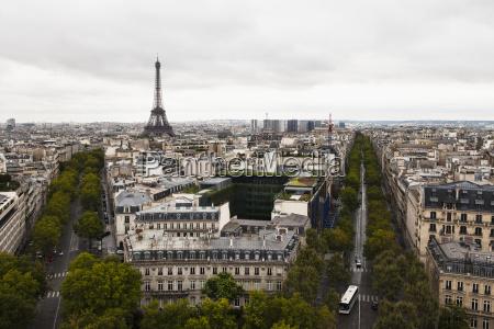 turm fahrt reisen architektonisch stadt farbe