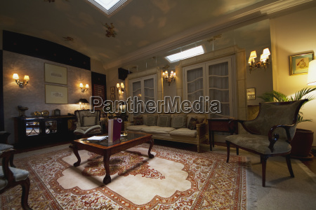 suite in the mansion alcazar boutique
