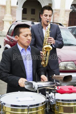 band, performing, at, the, mirador, de - 25403818