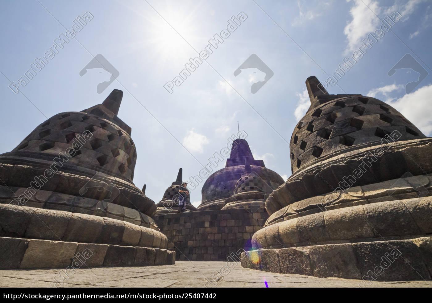 latticed, stone, stupas, containing, buddha, statues - 25407442