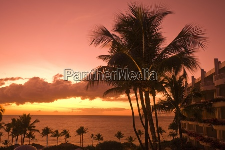 fairmont kea lani resort at sunset