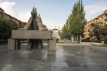 alexander tamanian sculpture by artashes hovsepyan