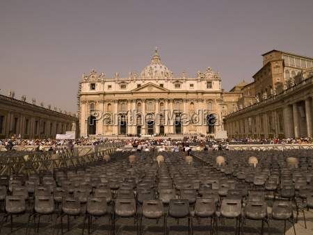saint peters square and saint peters