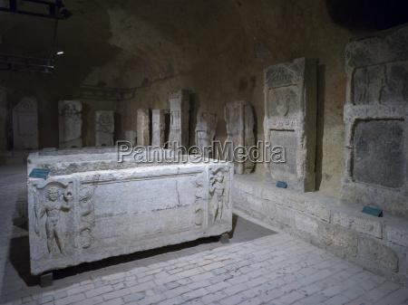 oesterreichisches schiesspulverlager heute ein roemisches lapidarium