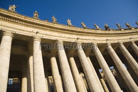 columns at saint peters square low