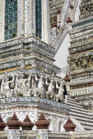 pagoda steps at wat arun temple