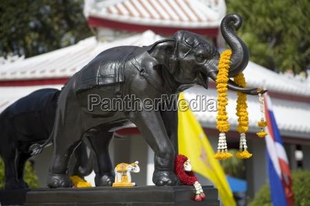 elephant statue on king rama ii