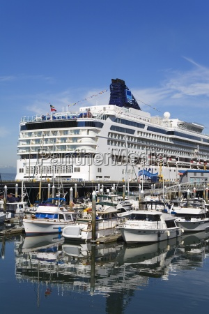cruise ship terminal on pier 66