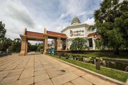 angkor national museum wat damnak siem