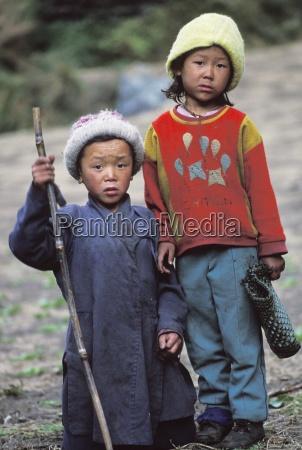 small children namche bazaar solo khumbu