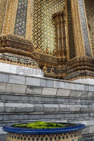 wat phra kaew temple bangkok thailand