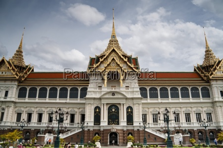the royal palace bangkok thailand