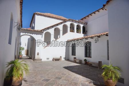 second courtyard of casa de la