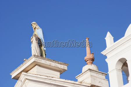 statue of the virgin mary on