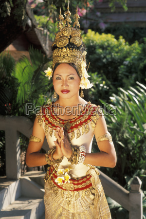 cambodia woman in traditional dancing costume
