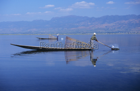 burma myanmar inle lake fishermen on