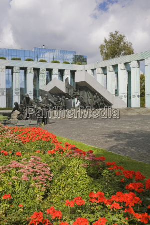 statuen und monument gedenken der polnischen