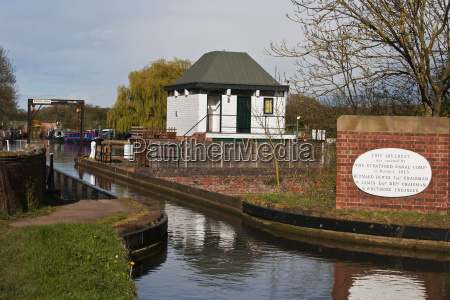 aqueduct on the stratford canal stratford