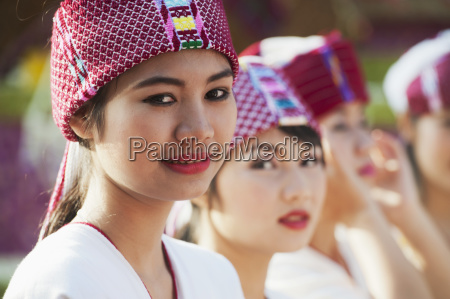young women dressed for the chiang