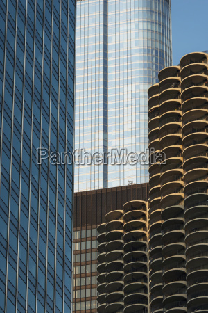 buildings with various architectural design chicago