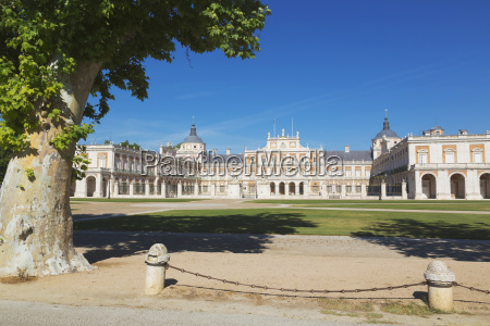 royal palace of aranjuez aranjuez comunidad