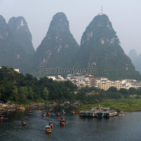 boats along the li river and