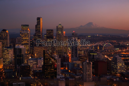 seattle washington and mount rainier taken