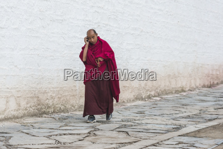 the monk at tibetan labrang monastery