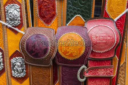 belts for sale at the naran
