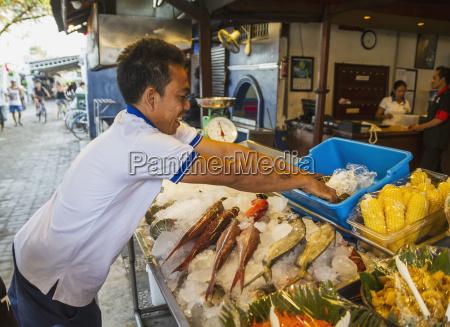 mann icing fresh seafood gili trawangan