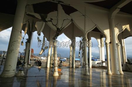 die moschee auf lampuuk die hit