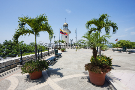 lighthouse on cerro santa ana guayaquil