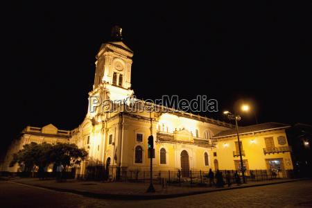 san francisco church at night cuenca