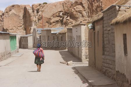 woman villa del mar potosi department