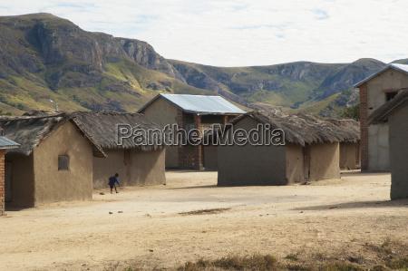village along the road between ranohira
