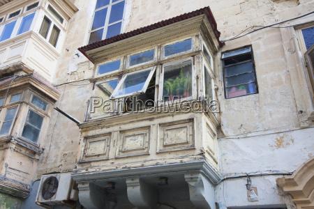 umschlossener balkonvallettamalta