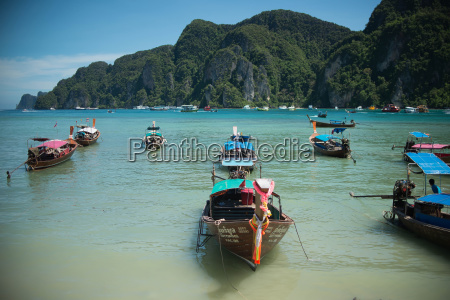 boats sit in the bay of