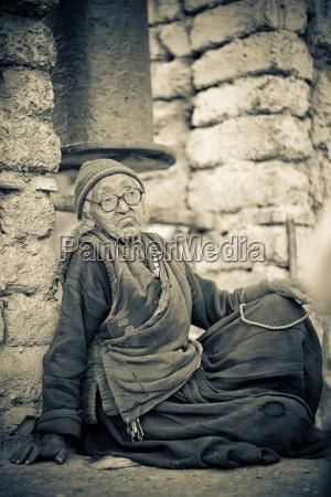 lamayuru monastery ladakh india local woman