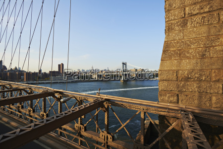 view from brooklyn bridge across new