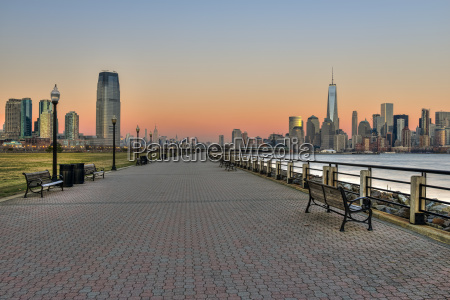 jersey city and manhattan skylines at