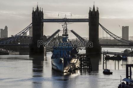 london bridge and hms belfast in