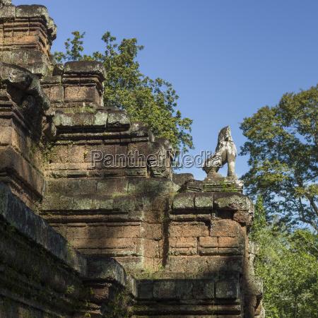 baphuon angkor thom krong siem reap