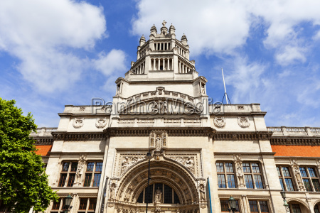 victoria and albert museum fassade south