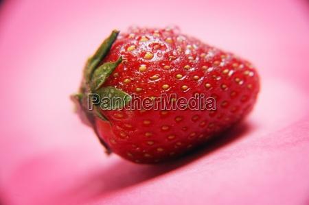 abschluss oben der reifen erdbeere