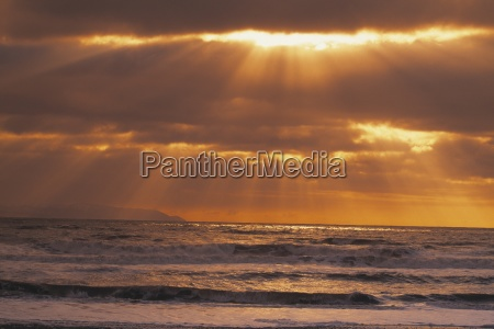 sun rays pacific ocean alaska usa