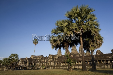 the most famous temple of angkor
