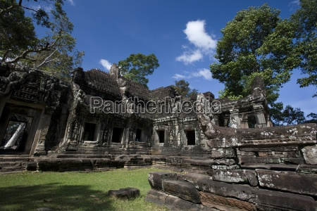 bayon temple angkor cambodia unesco world