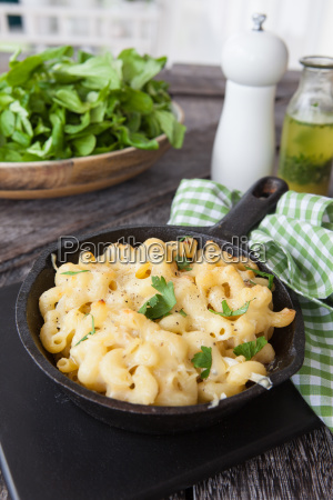 bake noodles with cheese