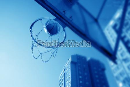 basketballtopf ball und gebaeude